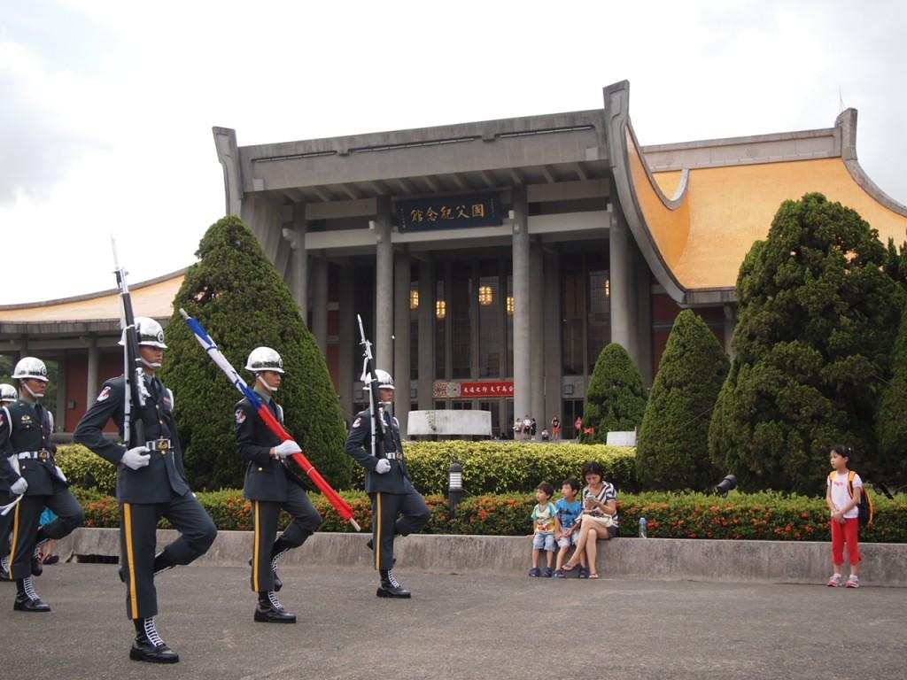 台北観光必須、MRT板南線を使いこなそう!:国父記念館