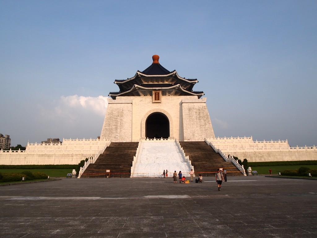 台湾・台北市内の訪れるべき歴史建造物:中正紀念堂