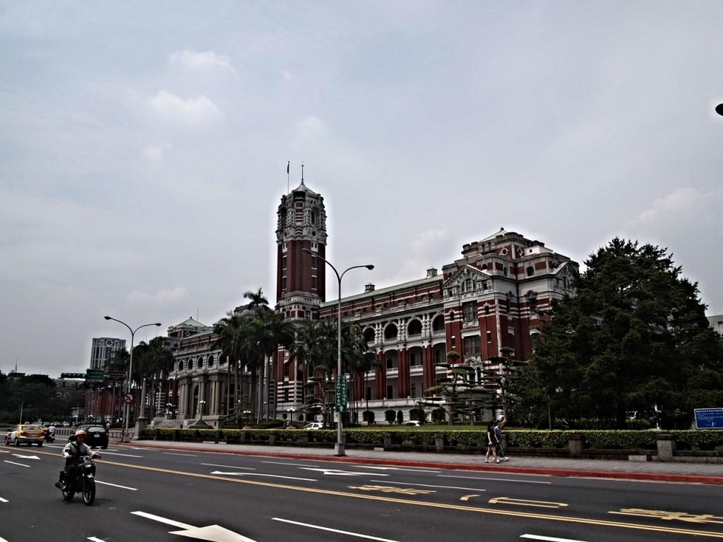 台湾の総統府(旧名;総督府)で歴史に触れる