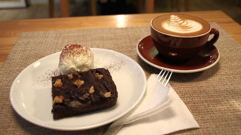 台湾おすすめカフェ:台北・中山のシンプルな日子咖啡